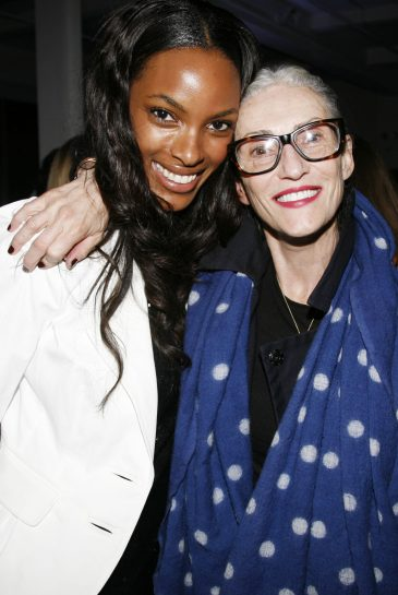 """Quiana Grent and Linda Rodin attend VH1 and MILK Celebrate New Reality Show THE SHOT Hosted by Photographer RUSSELL JAMES with his Prelude Exhibition """"Gorgeous"""" at Milk Studios Penthouse on October 25, 2007 in New York City. (Guliver Photos/ Getty Images)"""