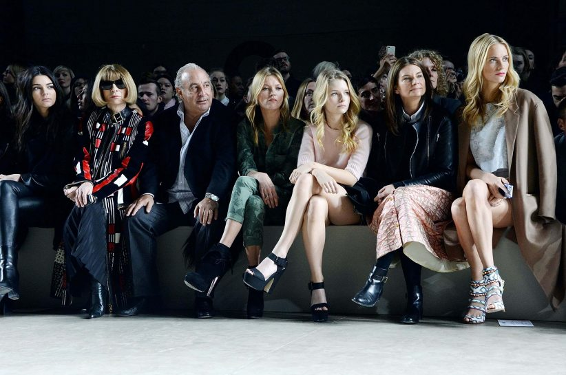 Kendall Jenner, Anna Wintour, Sir Philip Green, Kate Moss, Lottie Moss, Natalie Massenet and Poppy Delevingne attend the Topshop Unique show at London Fashion (Guliver Photos/Getty Images)